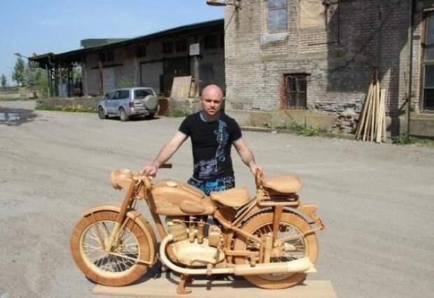 Мотоцикл ИЖ-49 ИЗ ДЕРЕВА! (21 фото)