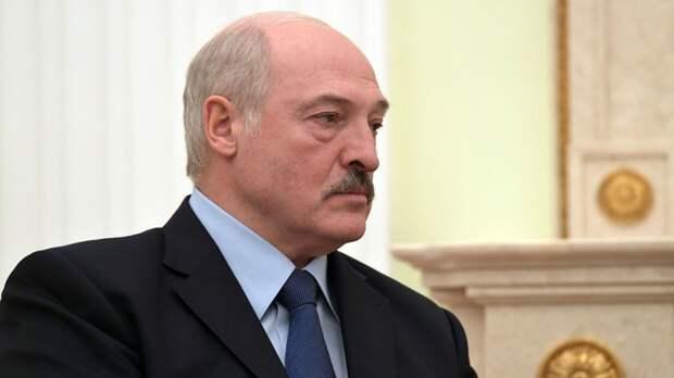 Лукашенко: у нас в школах полный бардак