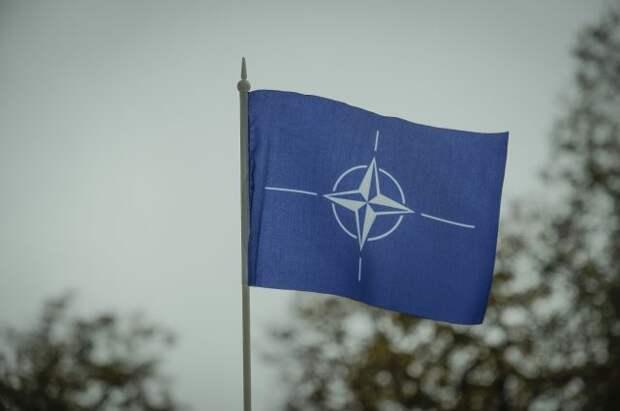 Генсек НАТО обеспокоен сотрудничеством России и Белоруссии