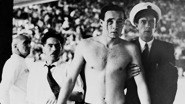 Драка в бассейне на Олимпиаде-1956. Сборные СССР и Венгрии бились из-за советских танков в Будапеште