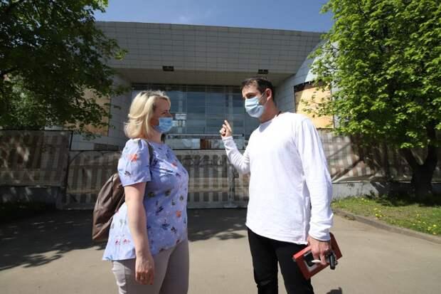 Певцов начал сбор подписей за возвращение кинотеатра «Полярный» на северо-востоке Москвы. Фото: Кирилл Журавок