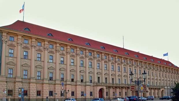 Чешские бизнесмены хотят открыть в РФ бизнес-центр при участии МИД республики