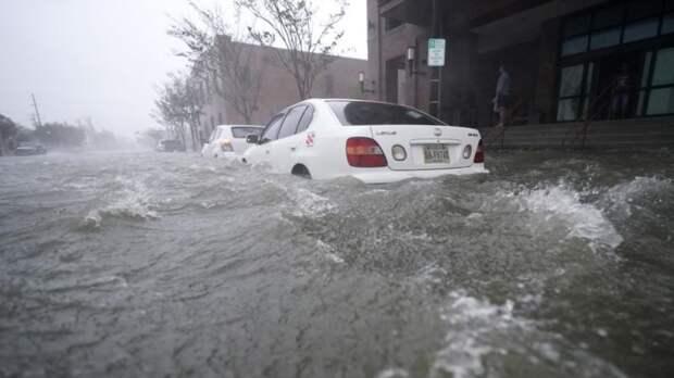 Ураган «Салли» обрушился на юго-восточное побережье США