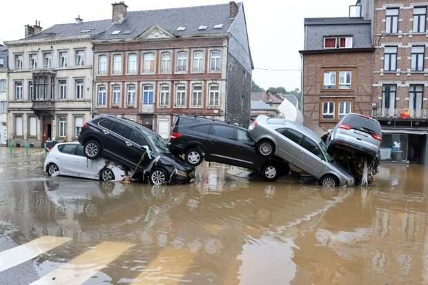 Как «цивилизованный мир» и «отсталая Россия» справлялись с наводнениями