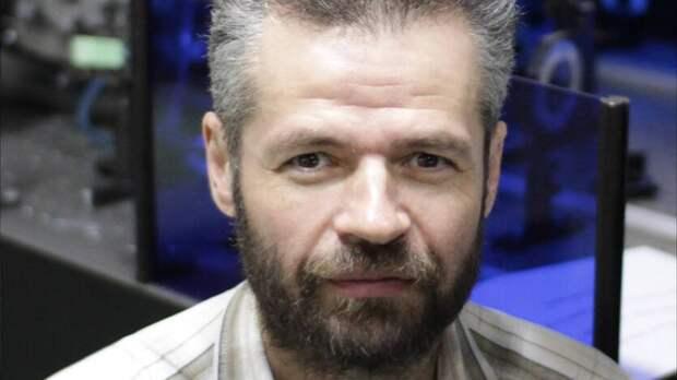 Хоть отпустили! Нанижегородского академика Хазанова составили протокол из-за митинга
