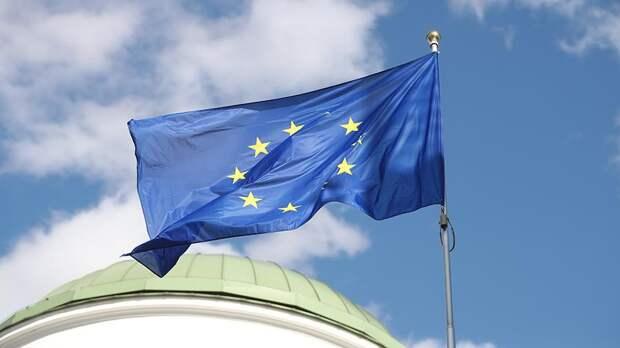 В МИД Польши всполошились из-за сближения РФ и ЕС: запахло жареным