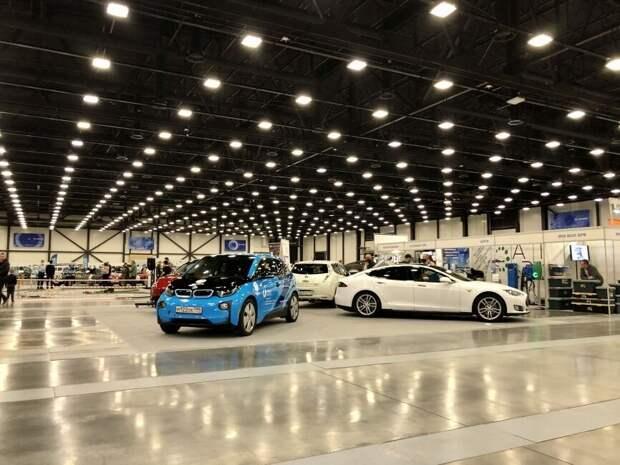 Автоэксперт рассказал, как снизить стоимость машин в России до цен США