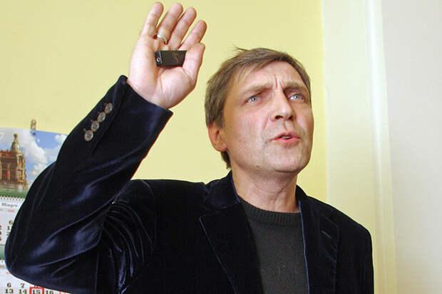 Не получив отпора, Невзоров решил, что Бога он уже победил, и, как видим, принялся за Рублева