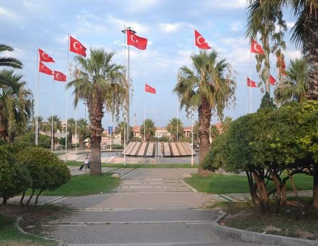 Застрявших в Турции омичей вернут домой за 10 тысяч?