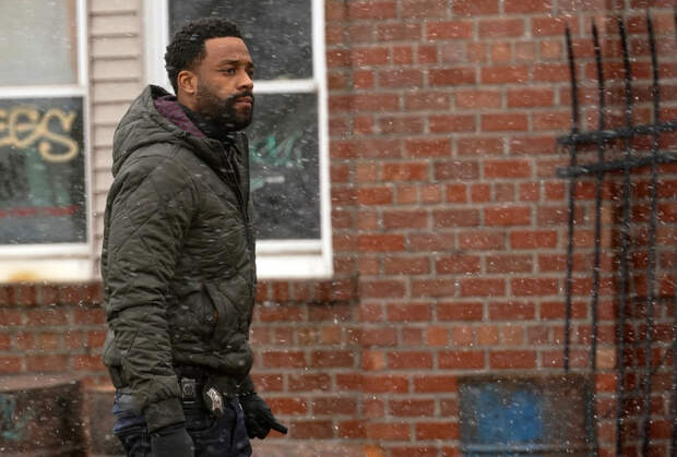 Chicago P.D.'s LaRoyce Hawkins Teases a 'Divided' Unit for the Rest of Season 8