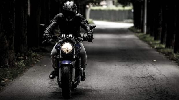 Приморские инспекторы устроили погоню за пьяным мотоциклистом без шлема