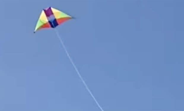 Находчивая девушка показала, как снимает виды сверху, когда запрещено запускать дрон. Видео