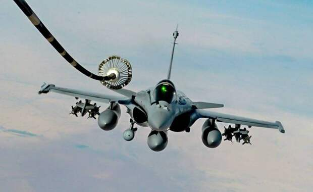 Французский Rafale обошел Су-35 в индонезийском тендере