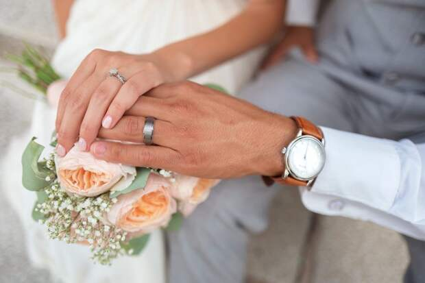 Заключить брак в неторжественной обстановке можно в МФЦ на Ленинградке