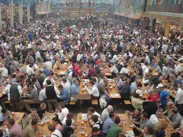 Обратная сторона Октоберфеста: 19 прелестей одного из самых популярных фестивалей в Германии