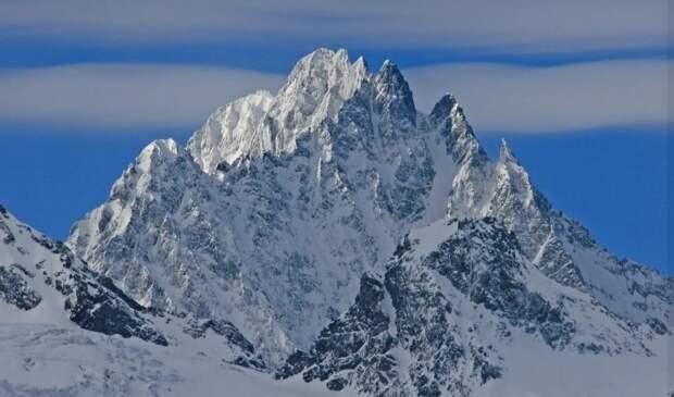Наиболее высшая вершина Западного Кавказа с абхазо-адыгских языков носит имя ашуйского царя Пту