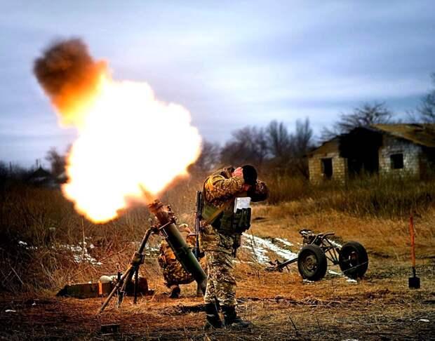 На позициях ВСУ гремят взрывы: сводка с Донбасса