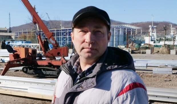 В кратчайшие сроки: Терминал Астафьева приступил к сборке навеса над предприятием