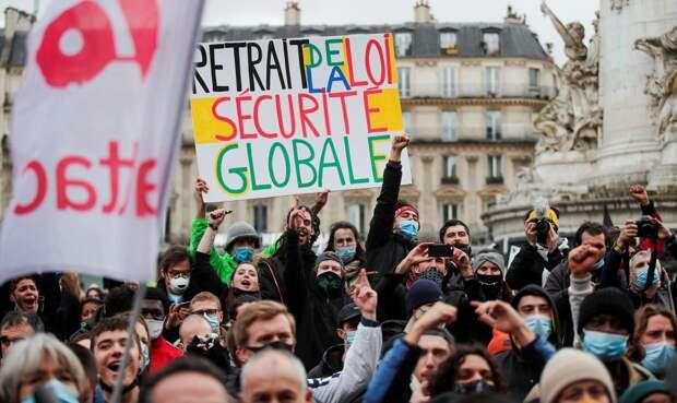 Французы задумываются о ПМЖ в России