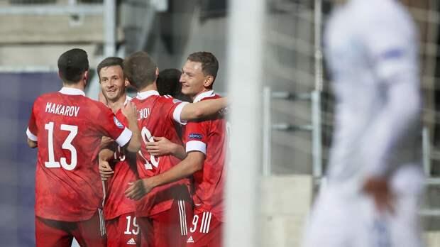 Молодежная сборная России разгромила Исландию в стартовом матче на чемпионате Европы