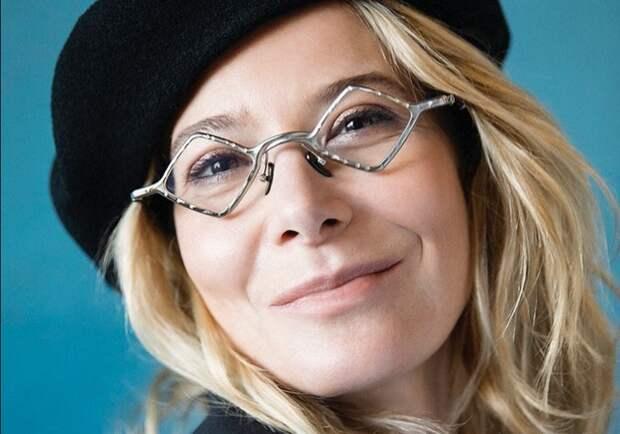 «Я боюсь немощи»: Юлия Высоцкая о страхах, любви и об отсутствии свободы