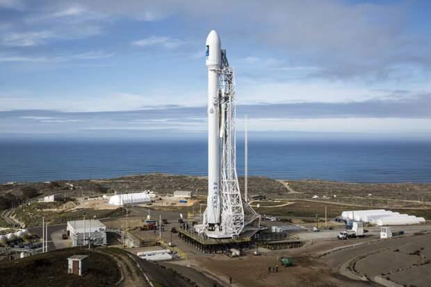 """Сравниваем запущенные ракеты - нашу """"Ангару-А5"""" и """"Фалькон"""" Илона Маска"""