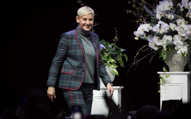 «Я бы сделала шоу и без зрителей»: Эллен Дедженерес закрывает ток-шоу, которое приносило $50 млн в год