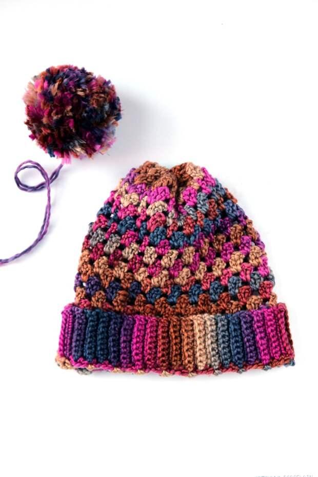 Яркая шапка для тех, кто устал от серости и уныния
