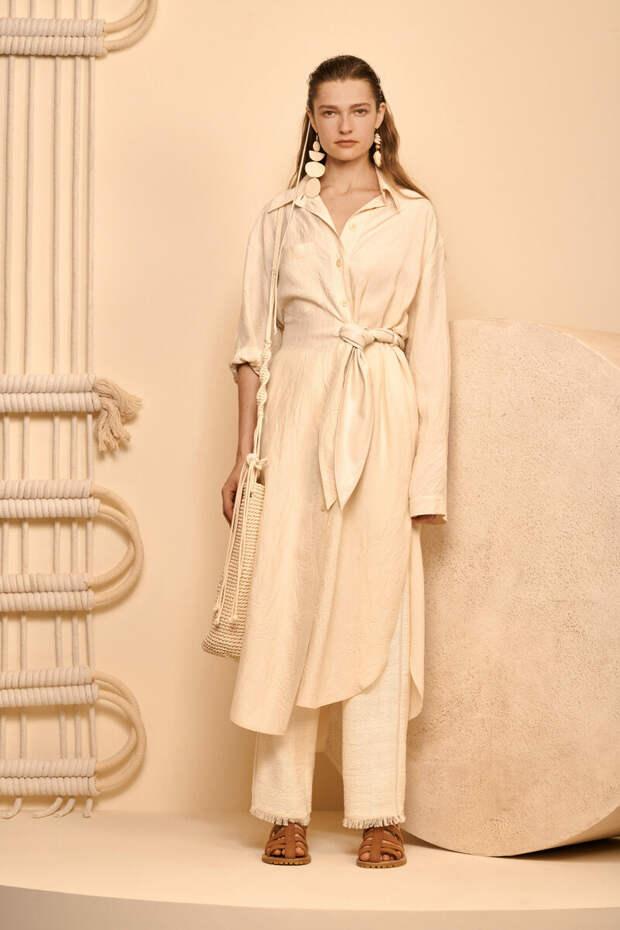 Тренды весны 2020: что будет модным! 30 вариантов одежды, обуви и аксессуаров