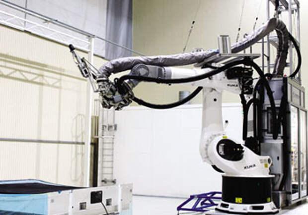 Автоматизированная система для выкладки сухого углеродного наполнителя на основе робота KUKA