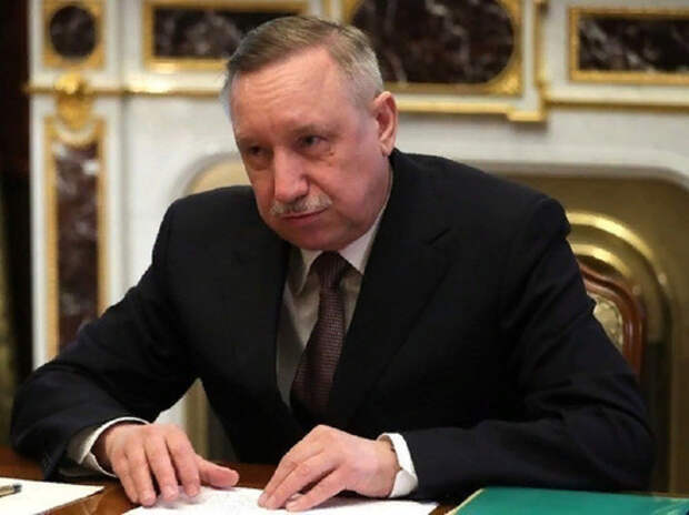 Беглов заявил о приближении полного локдауна в Петербурге