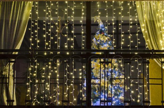 Идеи новогоднего оформления частного дома снаружи