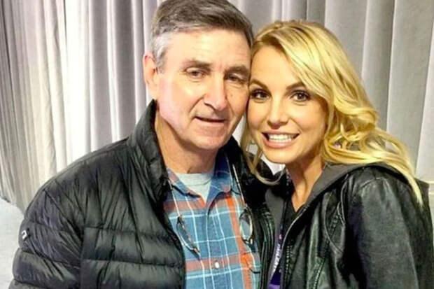 Отец Бритни Спирс откажется от опекунства над дочерью