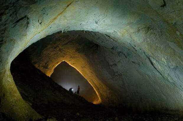 В пещере Мовиле примерно в сто раз больше углекислого газа, чем в атмосфере Земли