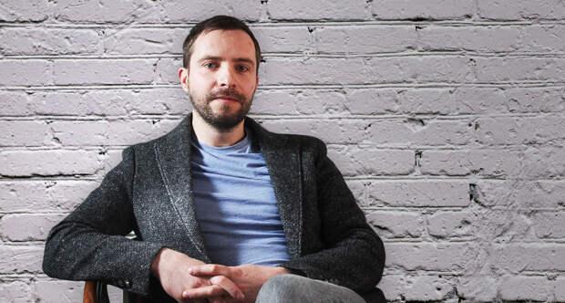 Художник Алексей Крюков — о творчестве, жизни современного художника и связи с Донбассом