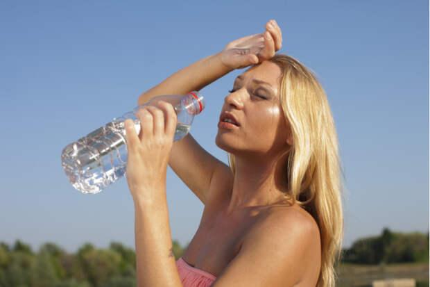 Вот сколько воды вам нужно выпивать ежедневно, чтобы сохранить здоровье