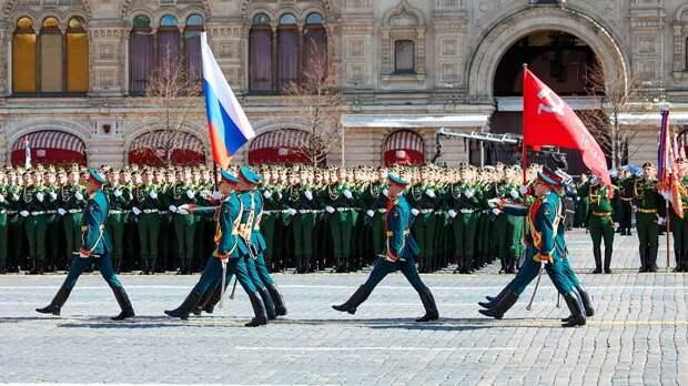 Фашисты воют от русского Парада Победы