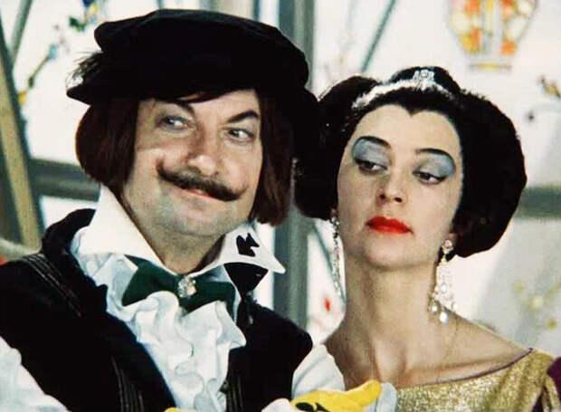 кадр из фильма «Весёлое сновидение, или Смех и слезы», 1976 год, Георгий Вицин и Валентина Кособуцкая