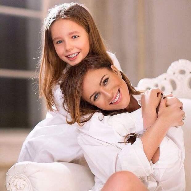 Очередной успех! Дочь Юлии Началовой получила Гран-при международного вокального конкурса