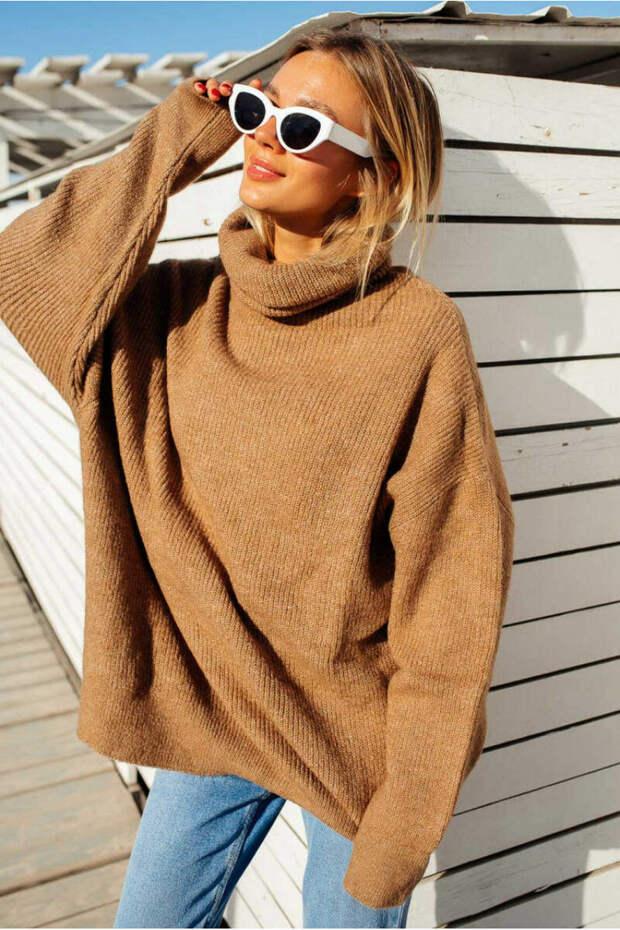 Как выглядит свитер оверсайз? /Фото: lurestore.ua
