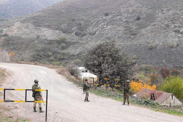 Путину разрешили отправить российских миротворцев в Нагорный Карабах