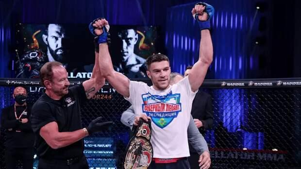 Немков успешно провел первую защиту титула Bellator, победив Дэвиса