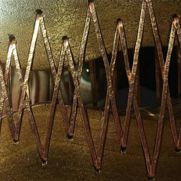 Сшитые шнурованные столешницы (подборка)
