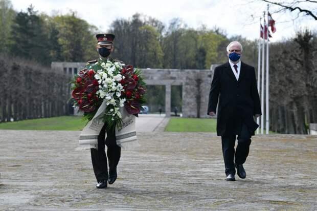 Президент Латвии назвал Вторую мировую войну «чужой»
