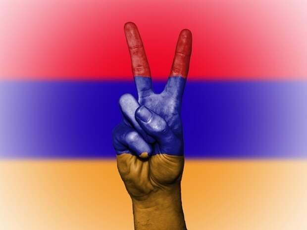 Ереван допустил вероятность силового решения проблемы на границе с Азербайджаном