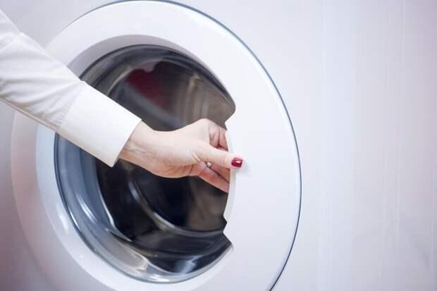 Как открыть люк стиральной машины если он заблокирован
