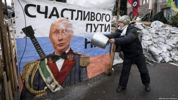 Кулеба отвергает сравнения с Украиной: Белоруссия останется «пророссийской» при любом президенте