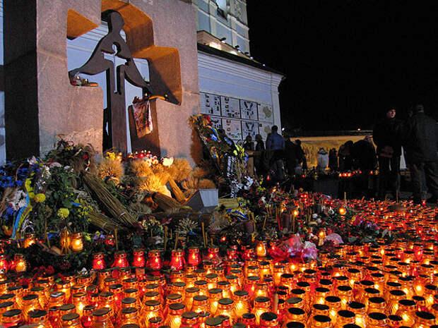 «Праздник Голодомора»: выдуманная основа выдуманной украинской-«нерусской» идентичности