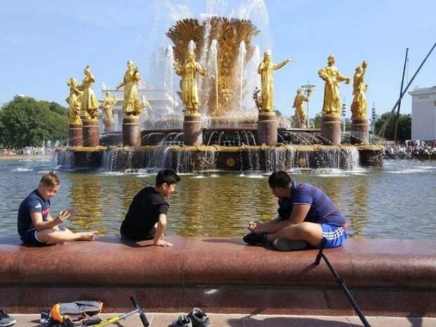 Синоптики рассказали о начале лета в Москве и предупредили о поре гроз и ливней