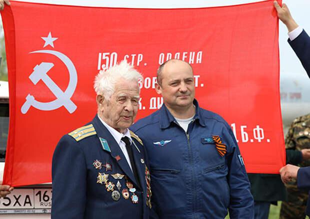 В Саратовской области военнослужащие дальней авиации провели военно-патриотическую акцию в честь Дня Победы